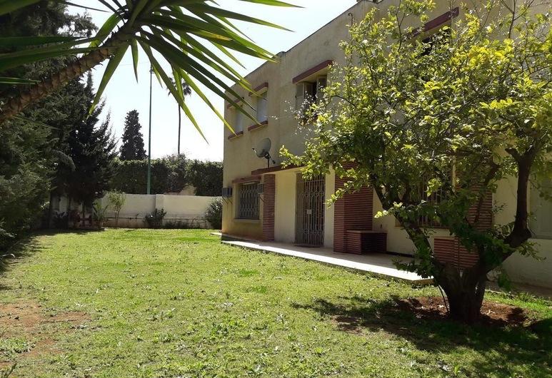 Riad et Villa Tazi, מקנס