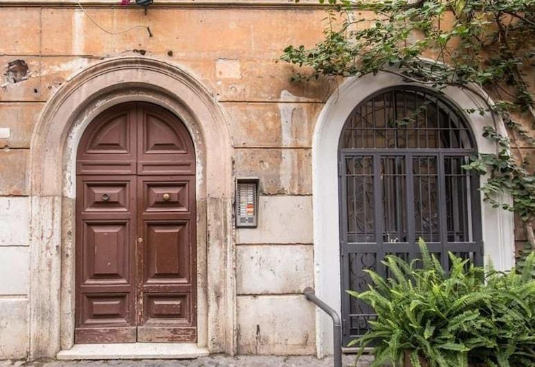 Trastevere budget studio, Roma, Otel girişi