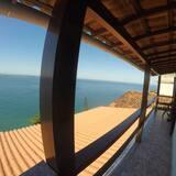 Asrama Umum Deluks, Beberapa Tempat Tidur, non-smoking, pemandangan samudra - Balkon