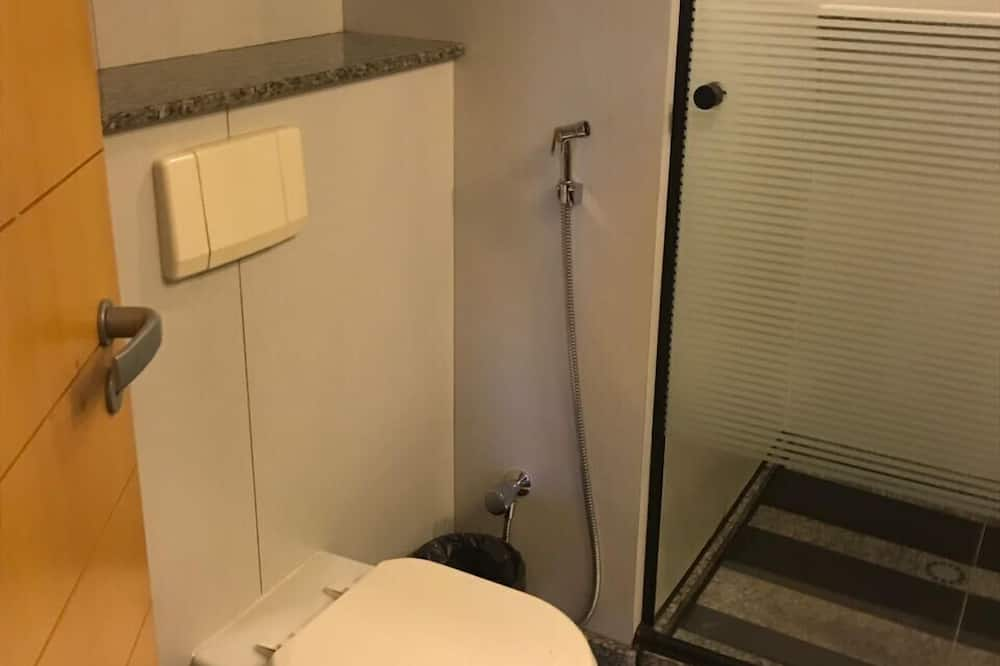 Apartment, 2 Twin Beds, Non Smoking - Bathroom