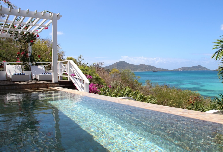 LA Pagerie IN Carriacou, Hillsborough, Pool