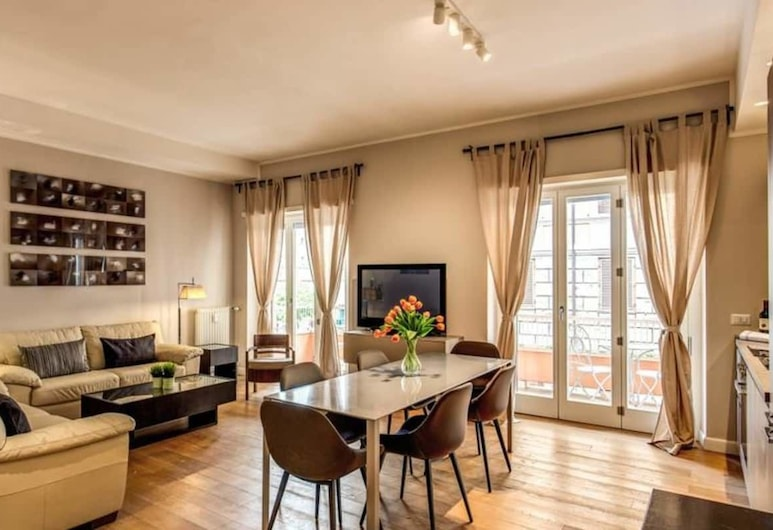 The Dome 3 bedroom apartment, Rome