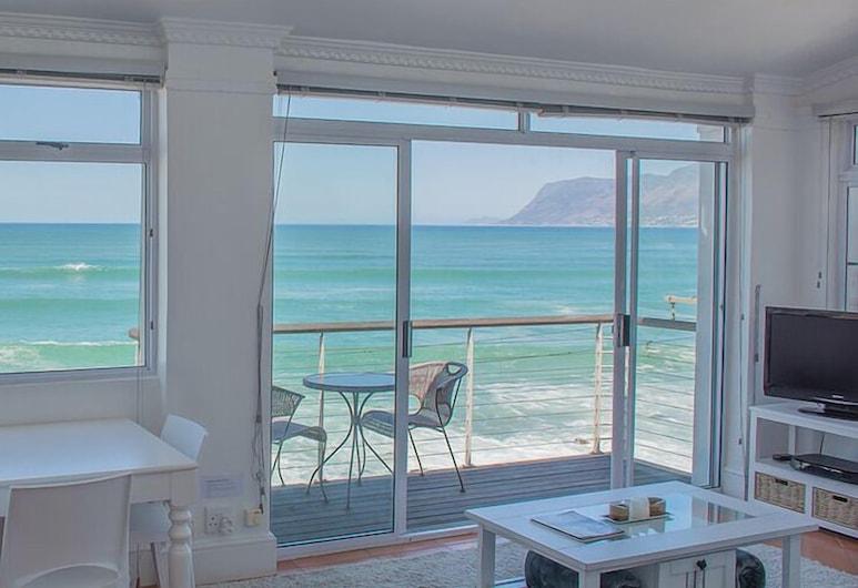 Oceanfront Penthouse, Cape Town