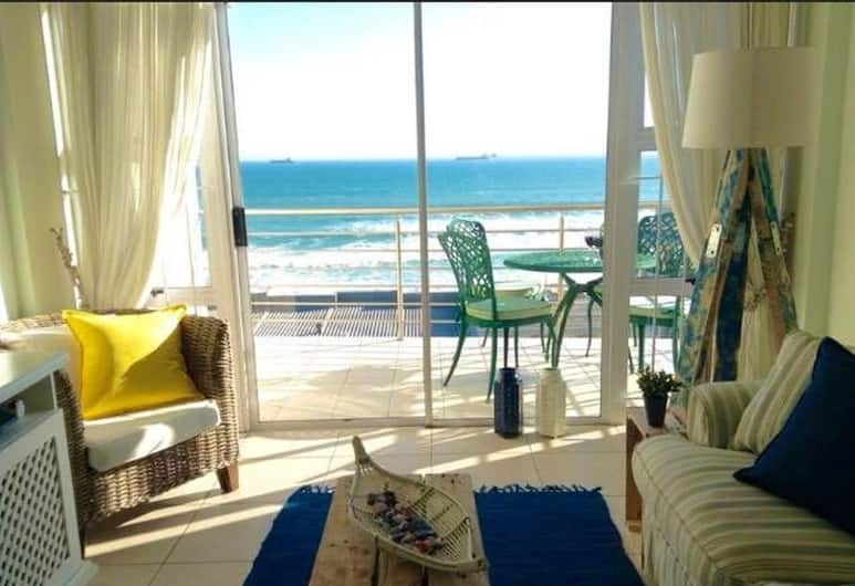 The Waves, Living By the Beach, Cape Town, Deluxe Apartment, 2 Bedrooms, Sea View, Beachfront, Living Room