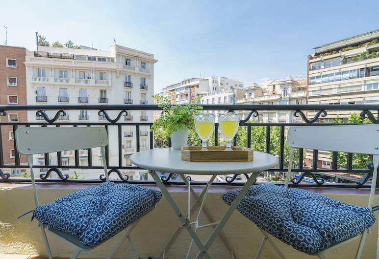 Home Club Antonia Mercé Apartments, Madrid, Apartment, 4 Bedrooms, City View, Balcony