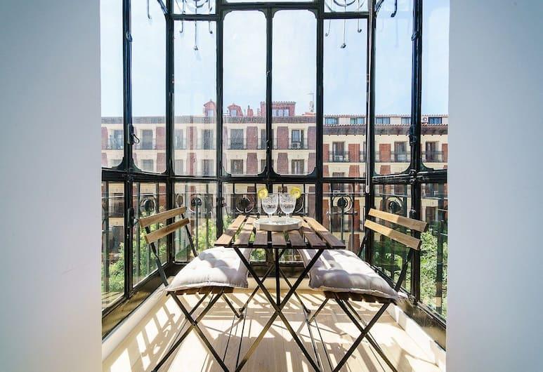 Home Club Jorge Juan VII, Madryt, Apartament, 2 sypialnie, 2 łazienki, Balkon
