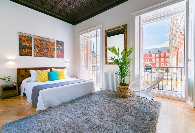 Home Club Plaza Mayor IV, Madrid, Apartment, 3 Bedrooms, Balcony, City View, Room