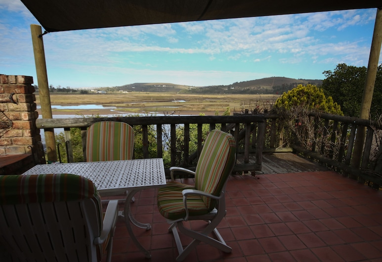Moonriver Self-catering, Plettenberg Bay, Family Apartment, 2 Bedrooms, Lake View (The Loft), Terrace/Patio