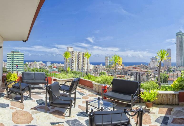 Penthouse Vedado, Havana