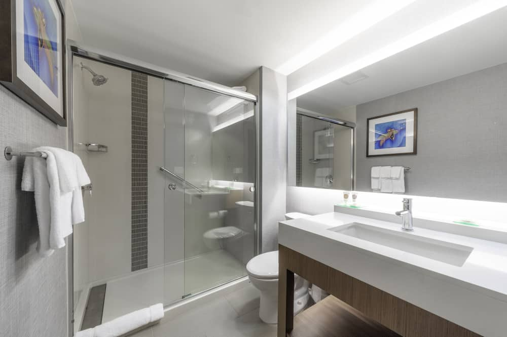 Room (2 Queenbed & 1 Sofabed, High Floor) - Bathroom