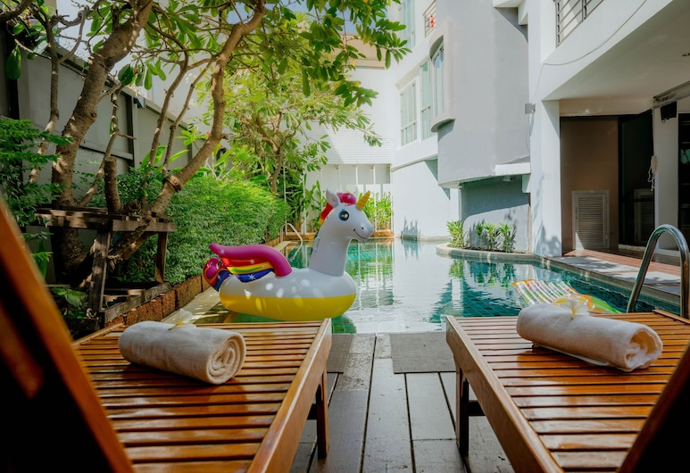 Peace Land Khaosan, Bangkok, Açık Yüzme Havuzu