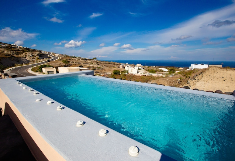 perla nera suites, Santorini, Deluxe Suite, Jetted Tub (First Floor), View from room