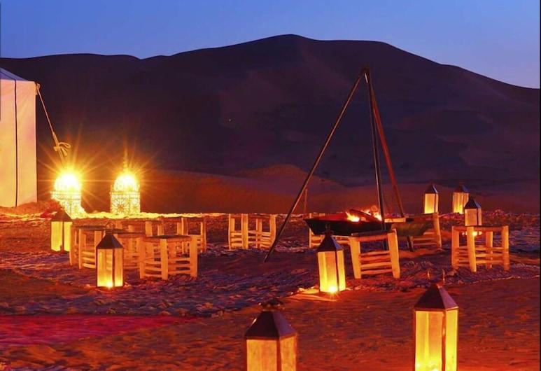 Sahara Stars Camp, Taouz