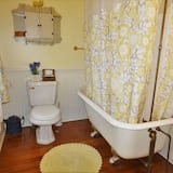 Chambre, 1 grand lit - Salle de bain