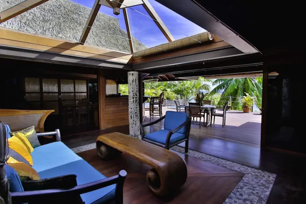 Villa, 3 Bedrooms, 2 Bathrooms, Sea View - Living Area