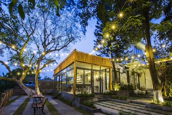 Picture of La Paix Hue in Hue