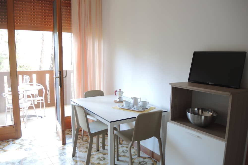 Apartmán, viacero postelí (CORINZIA 018_3P_B*) - Obývacie priestory