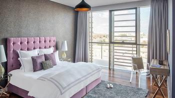 Picture of Dream Inn - City Walk Modern & Luxury in Dubai