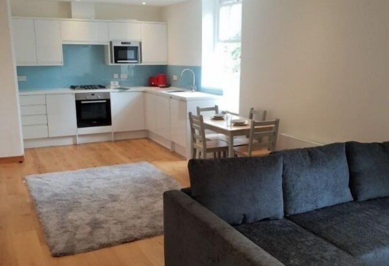 Stylish & Central 2 Bedroom Modern Apt Marylebone, Londres
