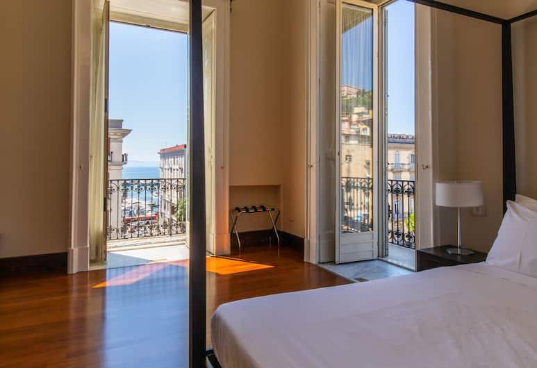 Gramsci Suites, Napoli, Camera quadrupla, 1 letto queen con divano letto, Camera