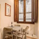 Apartment, 2 Bedrooms, Non Smoking - In-Room Dining