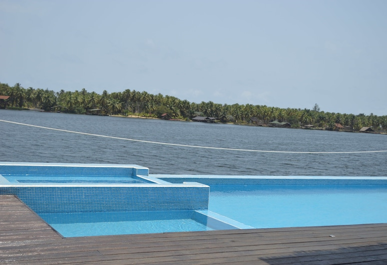 Villa Assinie Bord de Lagune, Assinie, Piscine en plein air