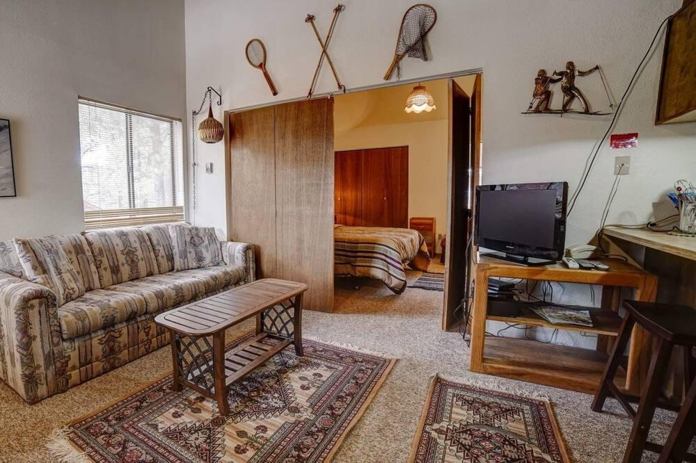 Condo, 1 Bedroom - Bilik Rehat