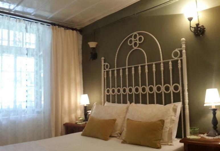 Cunda Adali Butik pansiyon, Ayvalık, Standard Tek Büyük Yataklı Oda, Oda