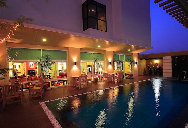 Atrium Boutique Hotel, Bangkok, Poolside Bar