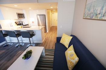 Picture of Panoramic View Suites in Los Angeles