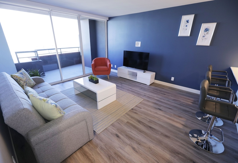 Panoramic View Suites, Los Angeles, Deluxe Apartment, 1 Bedroom, Balcony, City View, Room