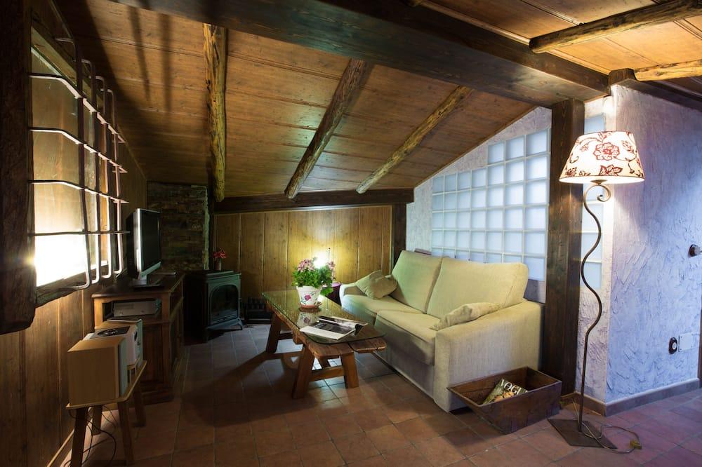 Talo, Useita makuuhuoneita (Two Houses) - Oleskelualue