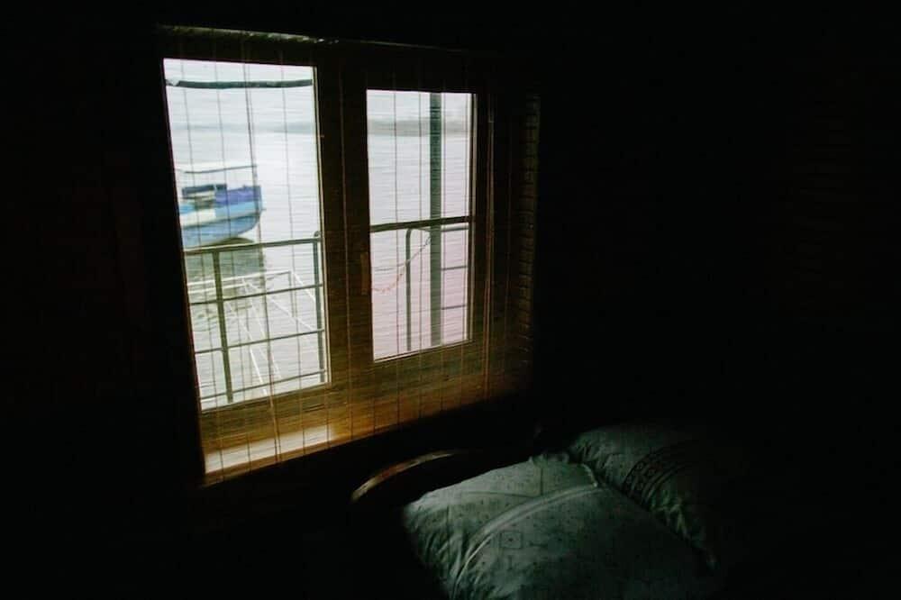 Standaard tweepersoonskamer, privébadkamer - Uitzicht op meer