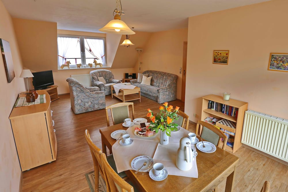 Condominio Confort, 3 habitaciones, vista a la montaña - Servicio de comidas en la habitación