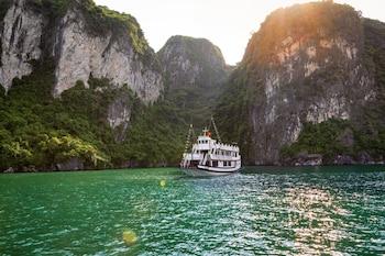 Obrázek hotelu Charm Boutique Cruise ve městě Hạ Long