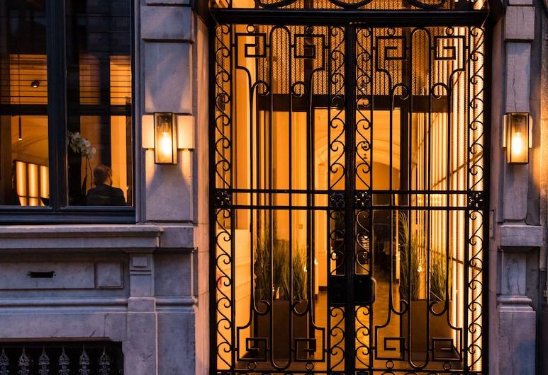 哈蒙之家酒店, 布魯塞爾, 酒店入口