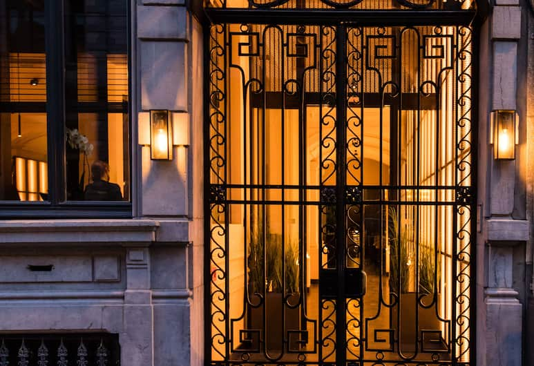 Harmon House, Brussel, Ingang van hotel