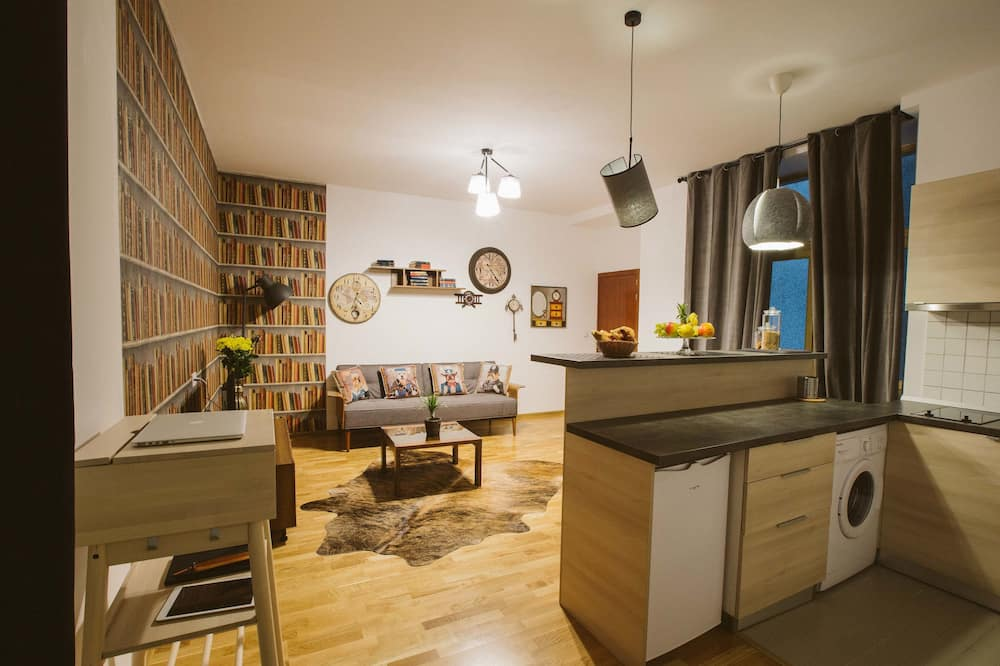 Comfort Apartment, 1 Queen Bed with Sofa bed, Non Smoking - Private kitchenette