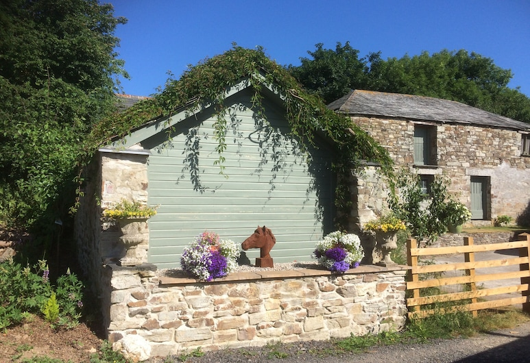The Coach House, Bodmin, Front of property
