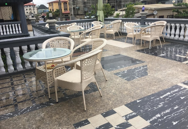 Royal Castle Hotel, Lagos, Terrace/Patio