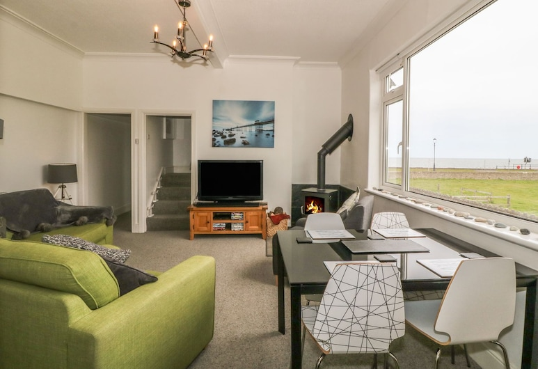 Little Orme View, Llandudno, Cottage, Living Area