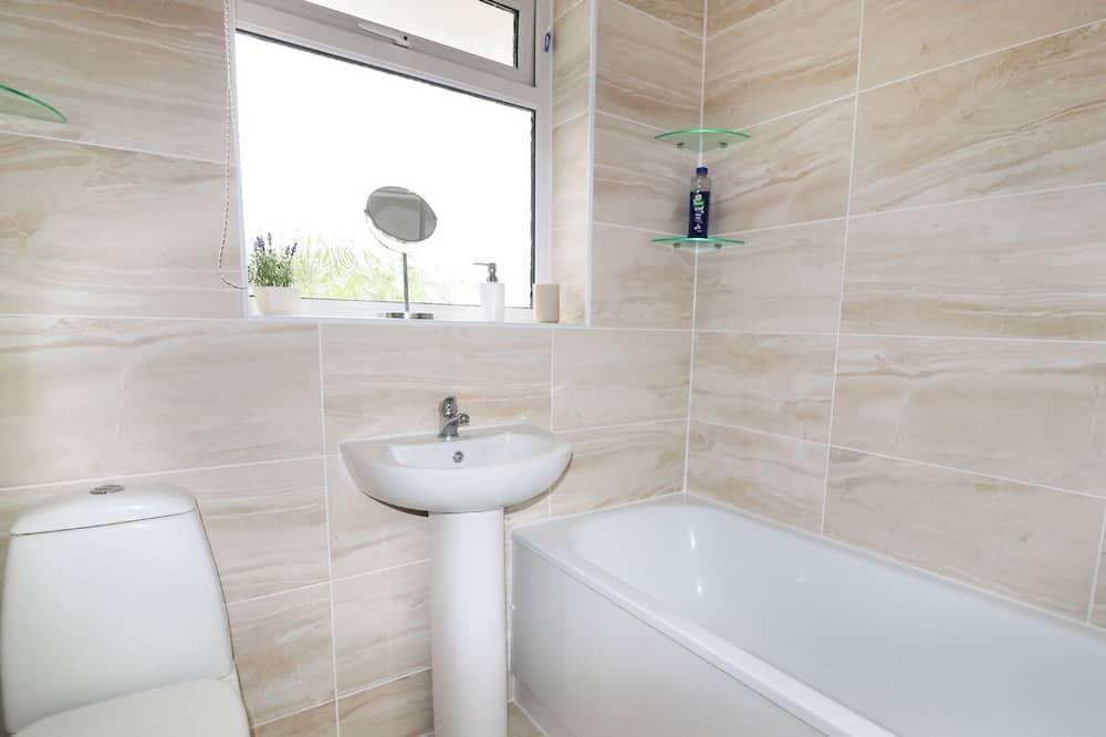 平房 - 浴室
