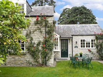 Picture of Waterside Cottage in York