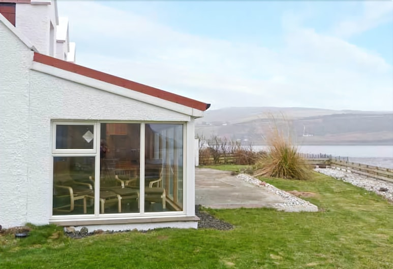 Jubilee Cottage, Portree, Property Grounds