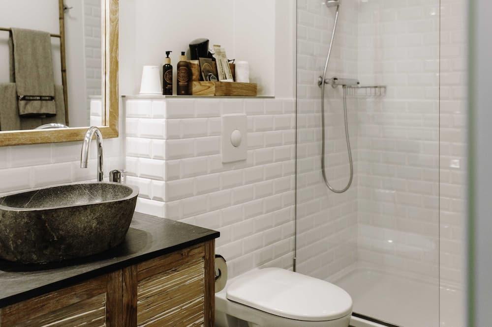 ห้องดีลักซ์ดับเบิล, ห้องน้ำส่วนตัว (Superior) - ห้องน้ำ