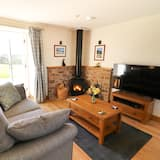 Cottage - Living Room