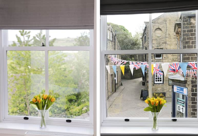 The Flat, Keighley, Cottage, Room