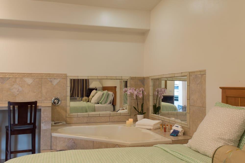 Svit Deluxe - 1 kingsize-säng - bubbelbad - bottenvåning (Spa) - Privat bubbelpool