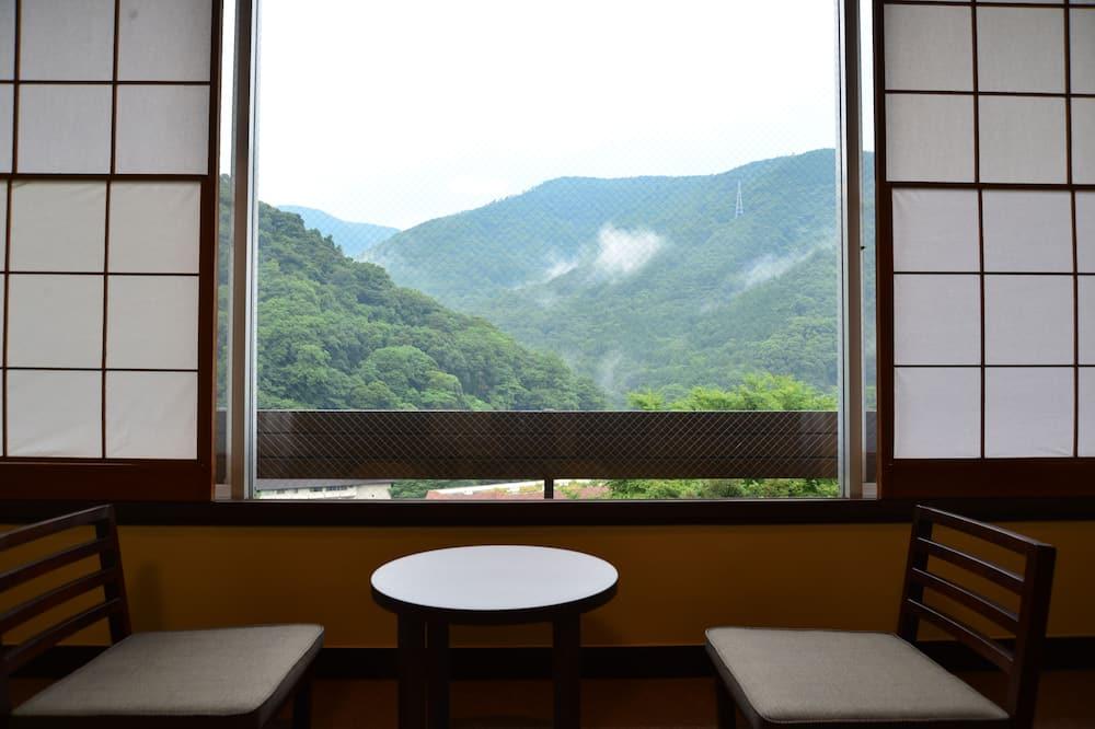 Tradicionális szoba (JPN Style, HB, NoTurndown, CI6PM) - Kilátás a hegységre