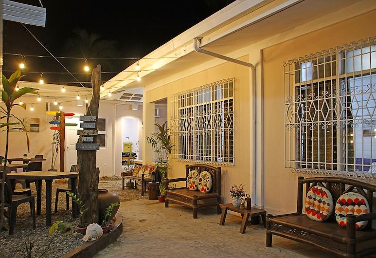 Prim Guest House, Coron, Fachada do Hotel